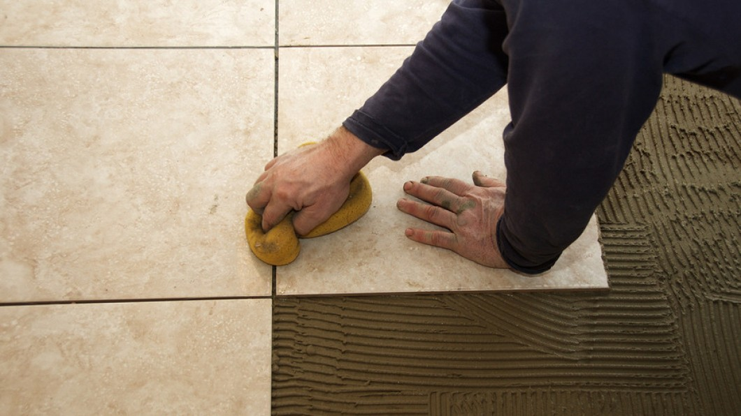 How to do ceramic tile flooring