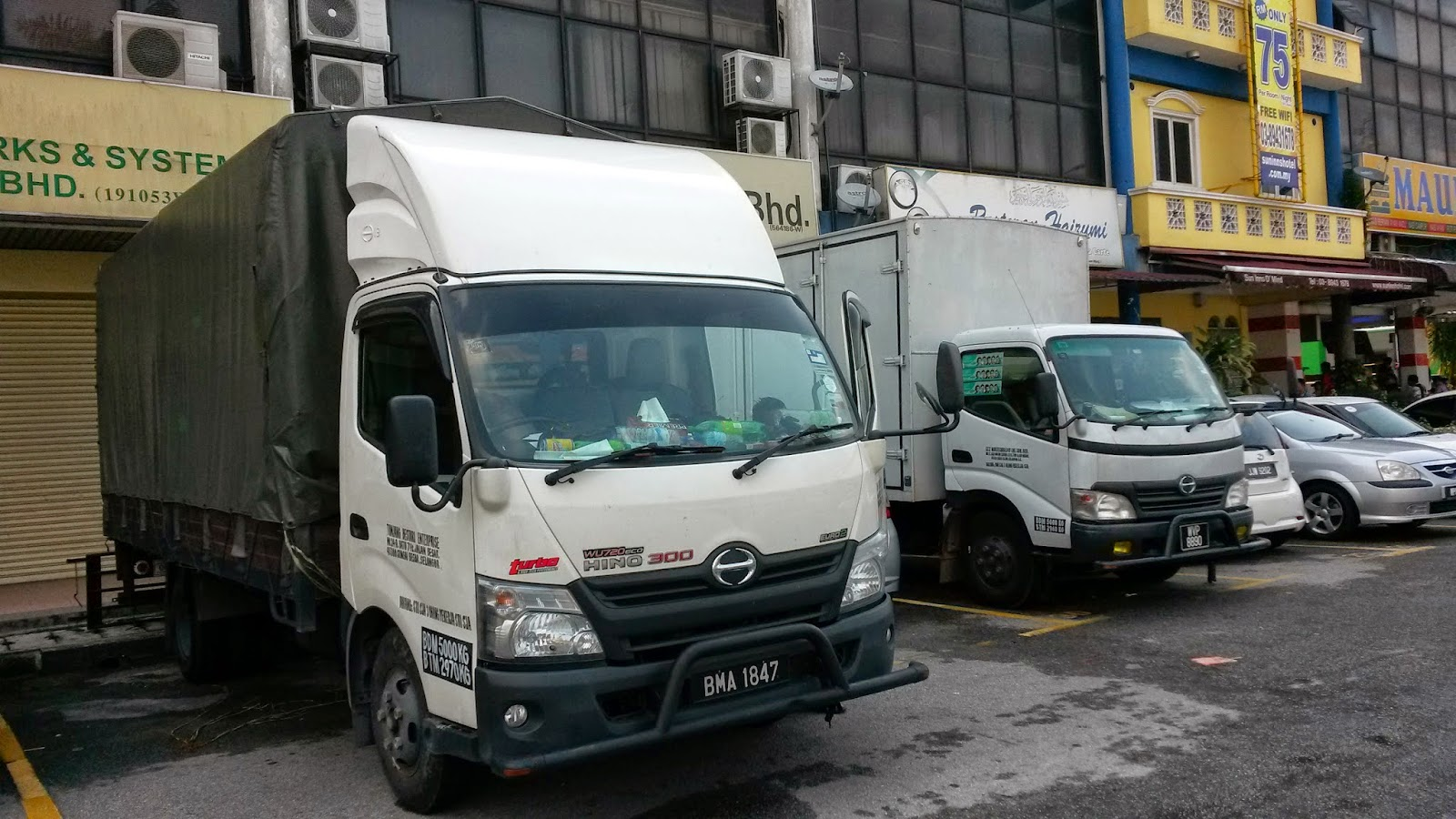 Lorry For Rent Melawati