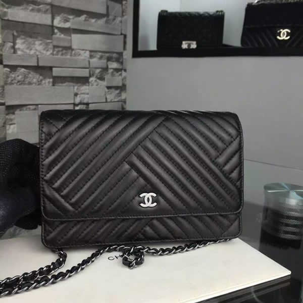 CHANEL Lambskin Quilted Small CC Crossing Flap Black