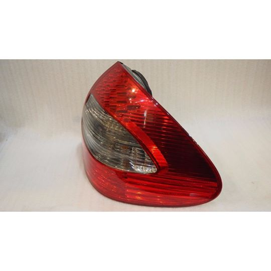 MERCEDES BENZ W211 E230 TAIL LAMP RIGHT