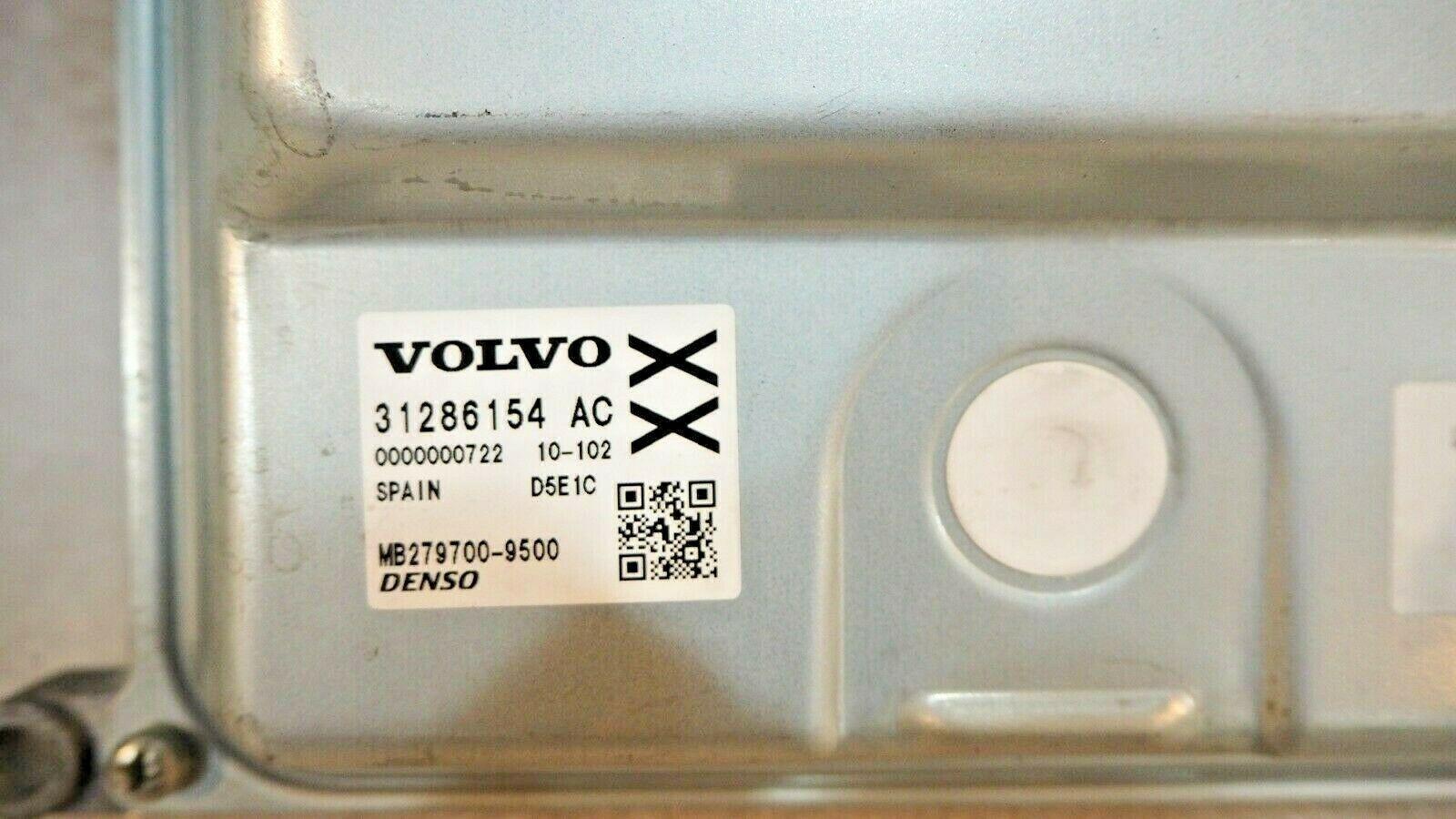 VOLVO XC 60 ENGINE ECU CONTROL MODULE