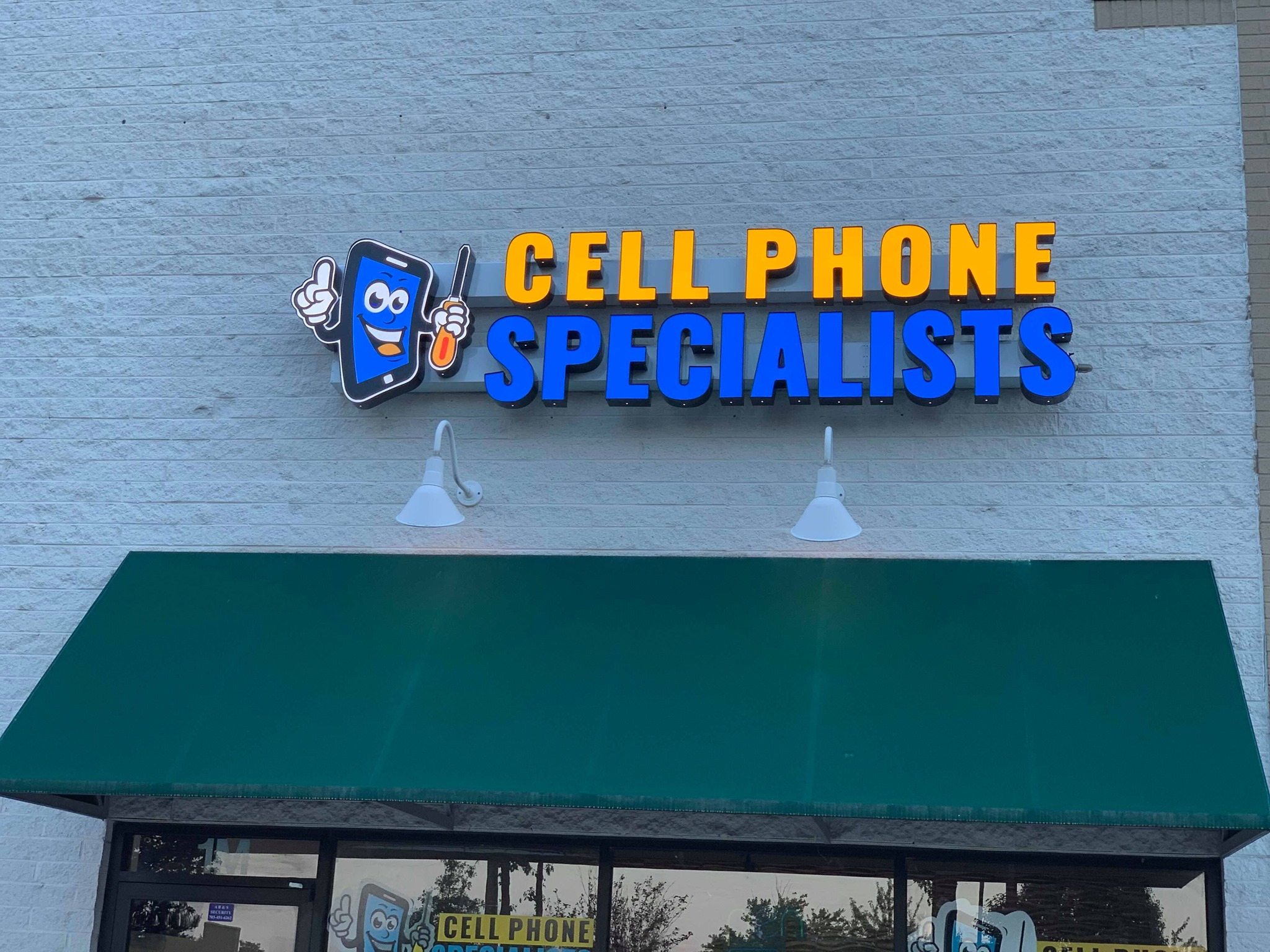 Cell Phone Repair Specialist