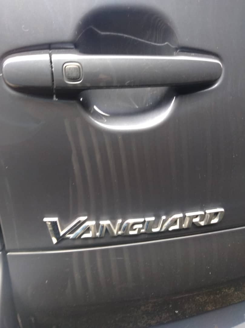 Toyota Vanguard 2.4cc