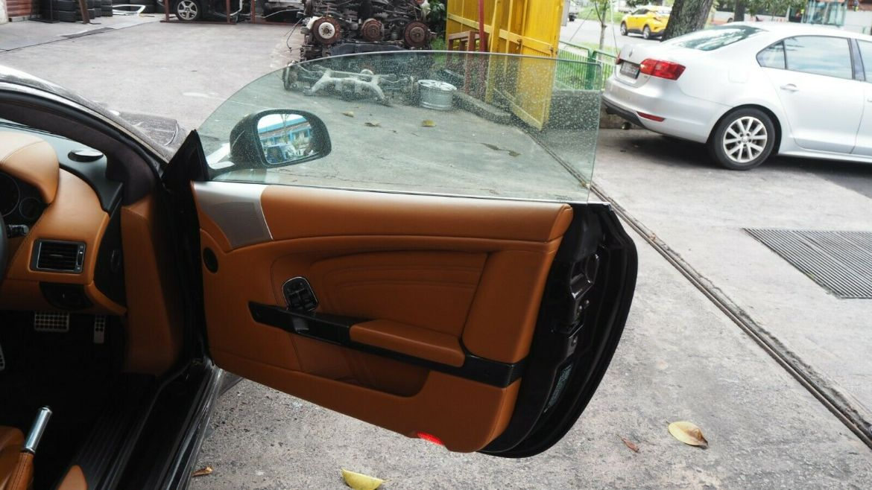 Aston Martin DBS Coupe 6.0L 2011 Side Mirror Right